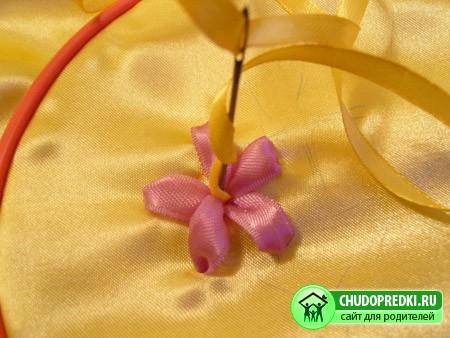 Бисероплетение цветы фиалки схема - Делаем фенечки своими руками.