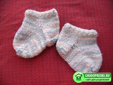 606031 Вязание детских носков