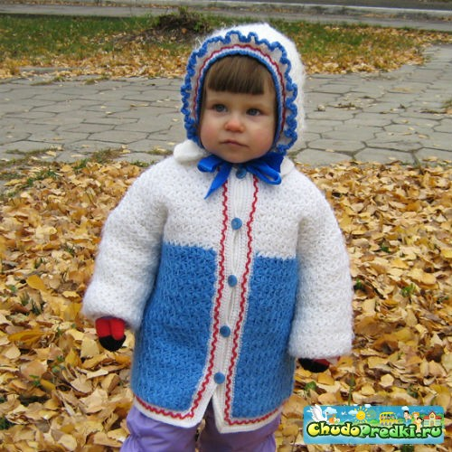 дают вязаные куртки для детей и подростков, все же, ежели глодать способности вязания спицами, умение и