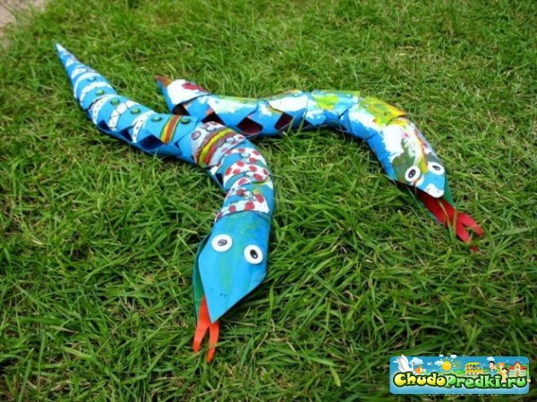 поделки змея - Хохлома, гжель, жостово.
