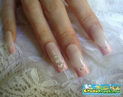 Рисунок на ногтях в домашних условиях