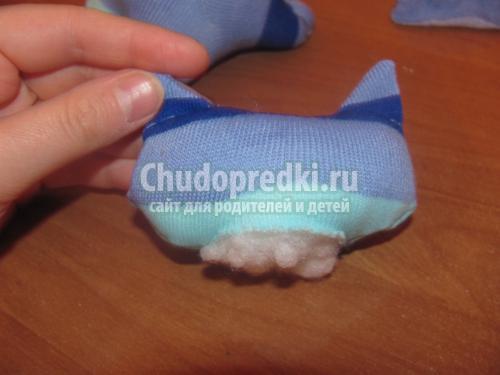 мягкая игрушка. Котик из носочков