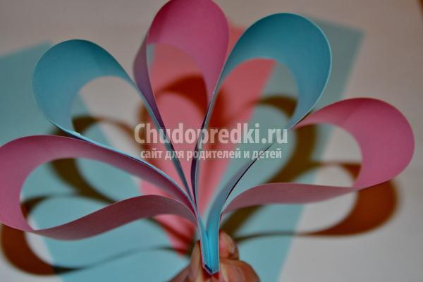 Новогодние игрушки своими руками из цветной бумаги