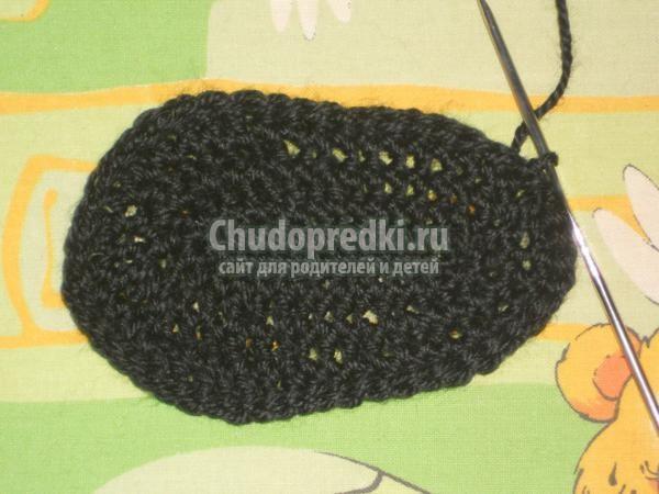 вязание крючком пинетки.