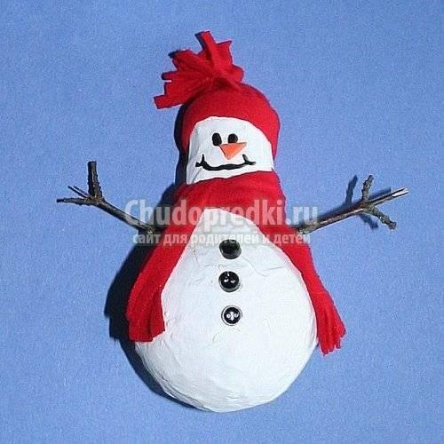 Сделать снеговика к новому году своими руками