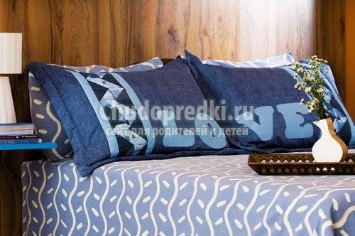 Вязаная декоративная подушка своими руками