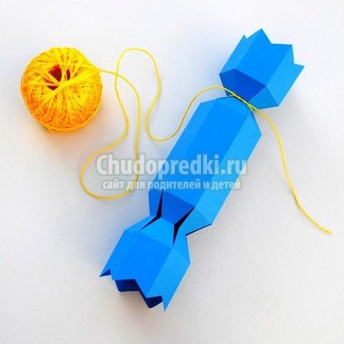 Как сделать конфету из бумаги на новый год