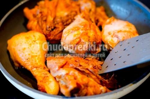 Курица жареная на сковороде рецепт пошагово с в