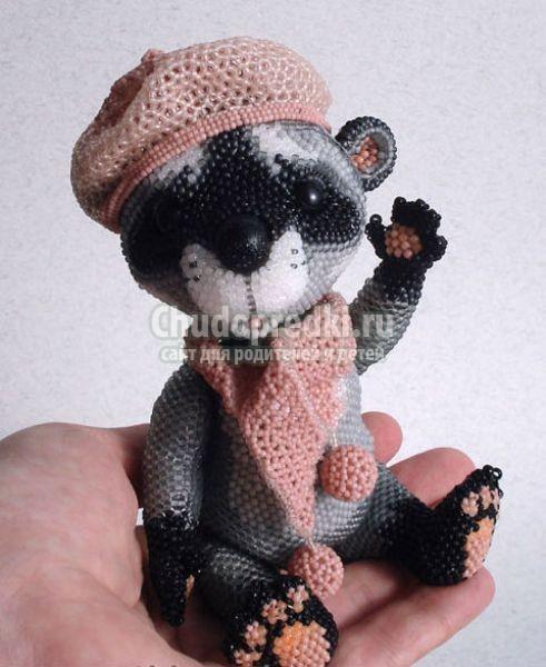 Плетение игрушек из бисера
