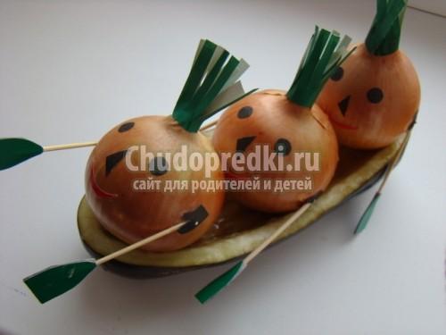 лодка из картошки