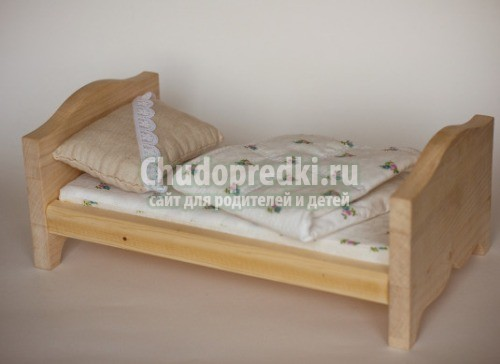 Фото как сделать кровать для кукол своими