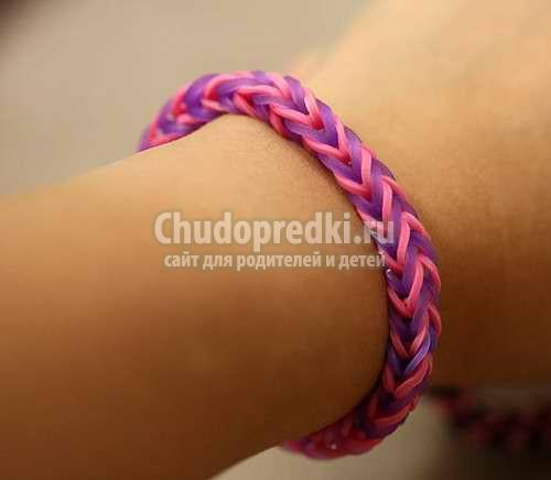 Плетение браслетов из резинок самое простое
