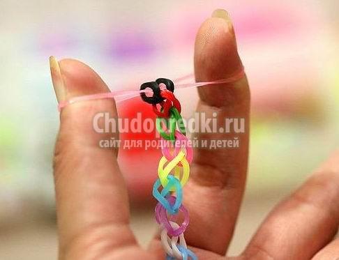 Способ плетение резиночек видео