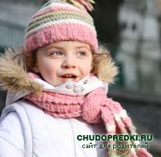 ребенок в шапке