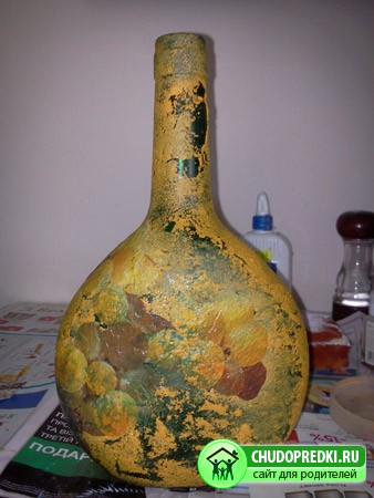 Декупаж бутылки с вином