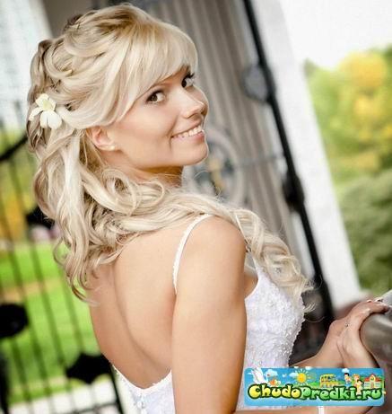 Модные свадебные прически на длинные волосы