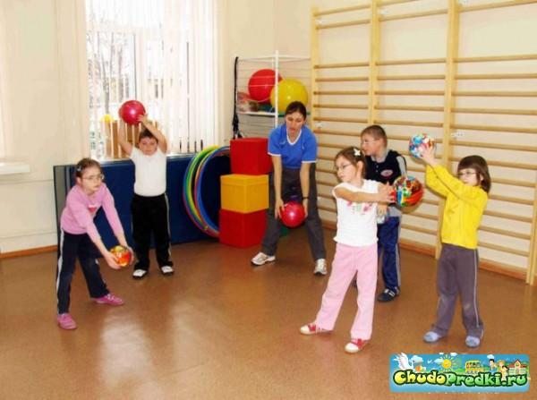 лечебные игры для детей от страхов нервного напряжения для развития ловкости
