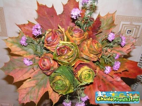 Поделки из листьев - розы