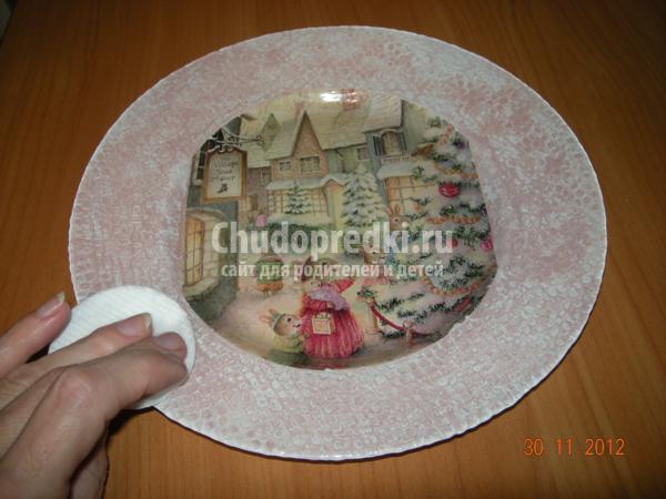 обратный декупаж тарелочки
