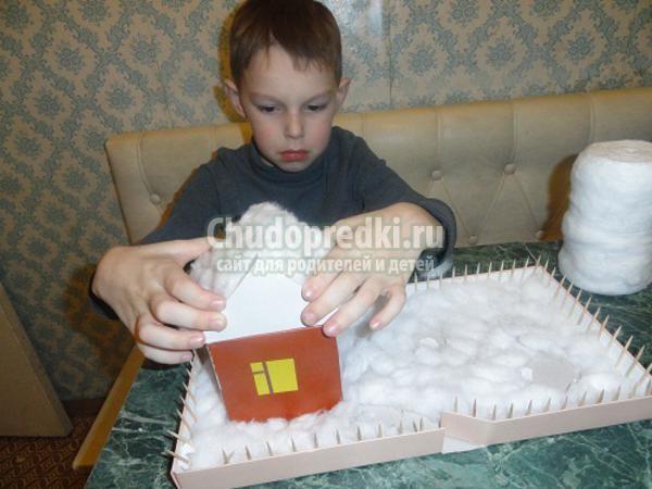 поделки с детьми. Композиция зимний двор