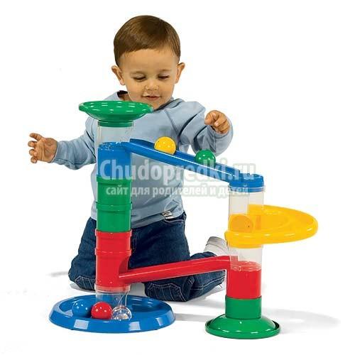 Развивающие игрушки для детей от года до 3 лет