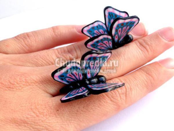 серьги из полимерной глины с бабочками