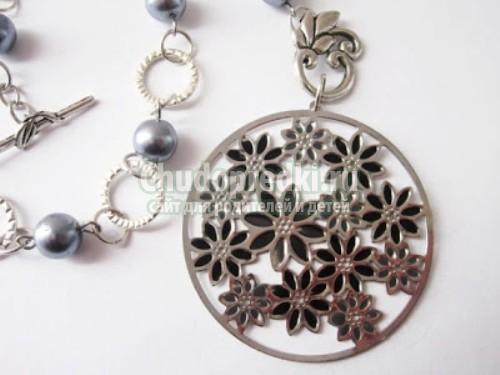 Как почистить серебряные украшения?