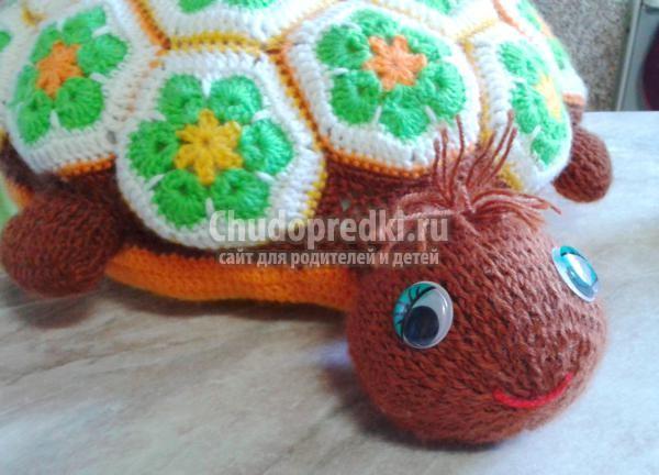вязание крючком подушки-черепашки