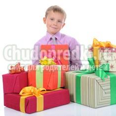Выбираем подарок мальчику на 7 лет