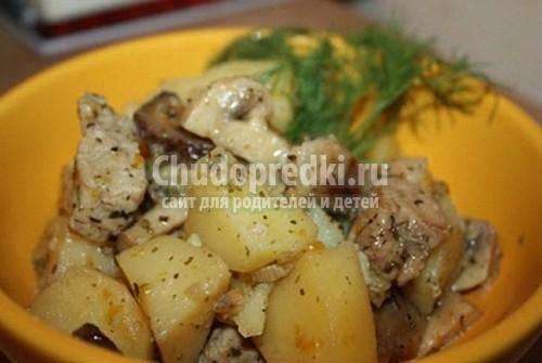 Картошка тушеная с курицей