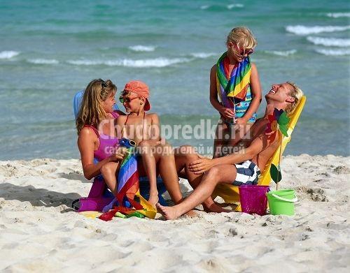 Как отдыхать с ребенком за границей?