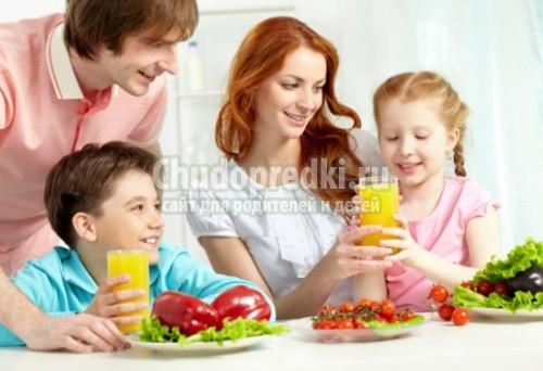 Особенности режима дня ребенка летом