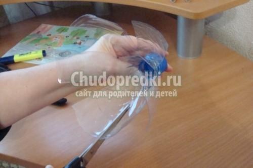 Детские поделки из бутылки