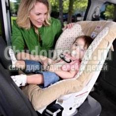 Как перевозить ребенка в машине: обзор удерживающих устройств