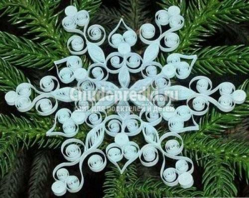 Новогодние снежинки своими руками