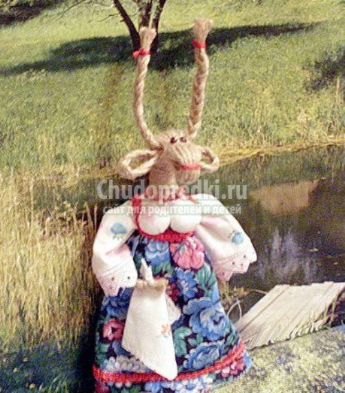 Новогодняя коза своими руками