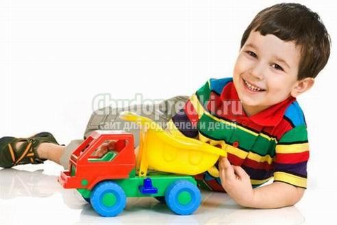Что подарить ребенку 5 лет? Идеи и фото