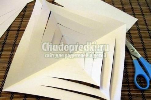 Объемные поделки из бумаги: лучшие идеи с фото