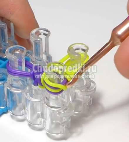 Простые способы плетения браслетов из резинок на станке