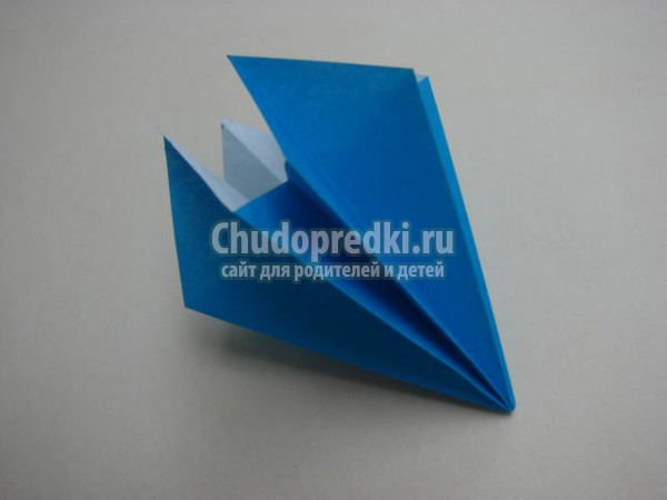 лилия из бумаги в технике оригами