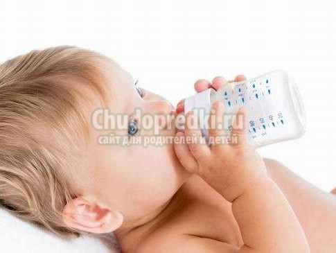 Как правильно отучить от бутылочки?