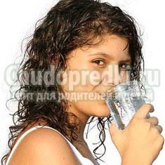 Вода по утрам: польза для организма