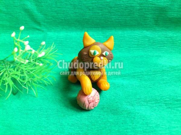 котенок из пластилина