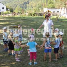 Интересные развлечения в детском саду летом