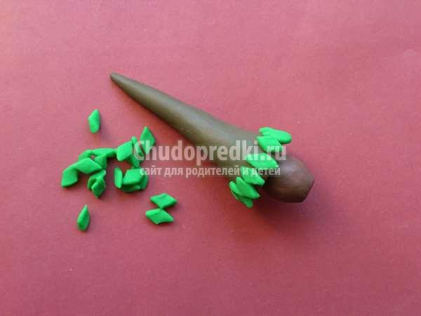 елочка с бантиком из пластилина