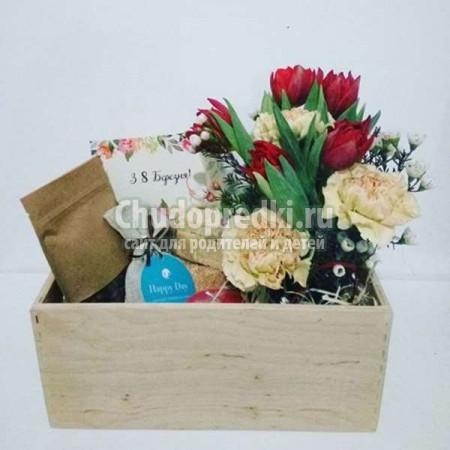 Подарок маме на 8 марта: ТОП - 50 интересных идей с фото