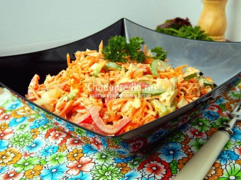 Салат с корейской морковью и курицей. 5 лучших рецептов с фото