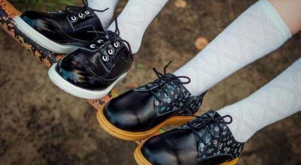 Детская обувь из натуральных и искусственных материалов: какая лучше?